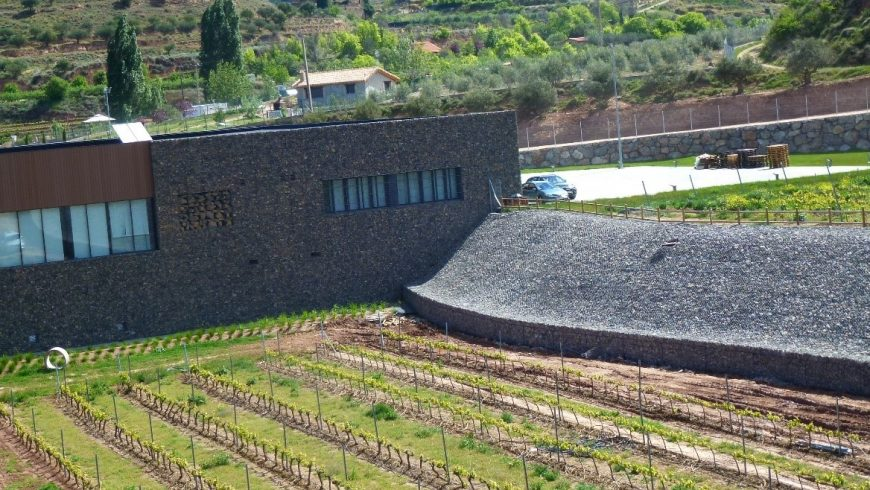 REVESTIMIENTO DE BODEGA PROELIO EN NALDA, Rioja